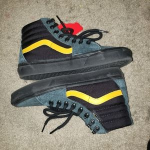 Mens high top vans cordura fabric size 8